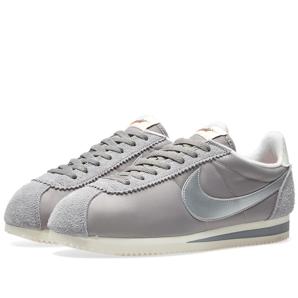 Оригинальные кроссовки Nike Classic Cortez Nylon Premium Mid Grey, Silver    Sail 34aa4c9659b