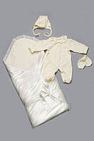 Хлопковый комплект для новорожденного на выписку из роддома (человечек, чепчик, царапки, конверт) Модный карапуз Молочн