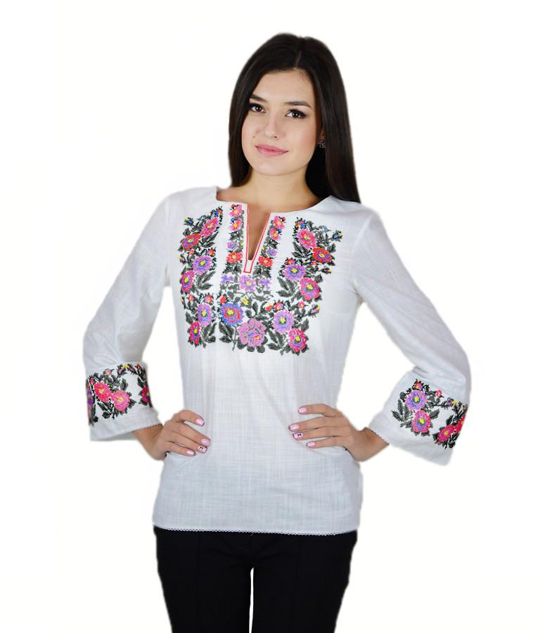 Вышитая женская рубашка белая  «Полевые цветы» М-226-4 44