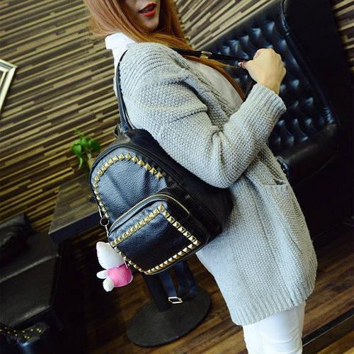 Маленький женский рюкзак из кожзама с заклепками