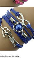 Женский браслет синий на руку с сердечками и бесконечностью.