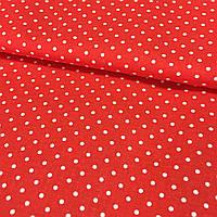 Тканина з дрібної білої точечкой 2 мм (горошки) на червоному тлі, ширина 150 см, фото 1