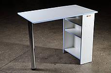 Стіл для манікюру, розкладний, білий з блакитною крайкою.