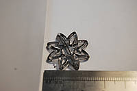Бусина снежинка серая  акрил 25 мм