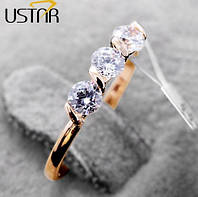 Позолоченное кольцо с австрийскими кристаллами р 16 код 445