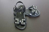 Летние босоножки сандалии для девочки с заклепками