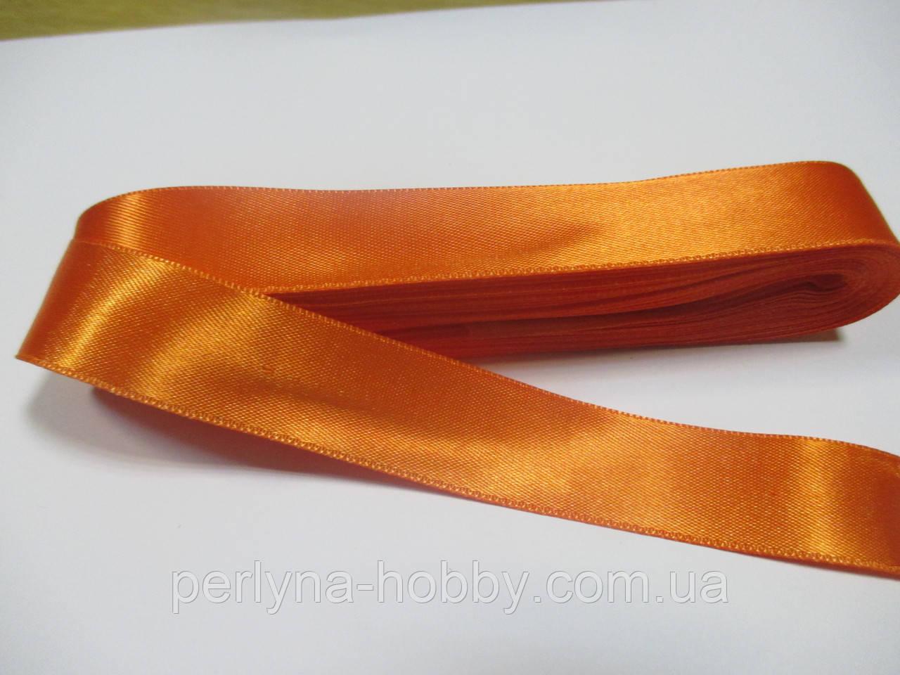 Стрічка атласна  двостороння 2 см ( 10 метрів) оранжева Н 046