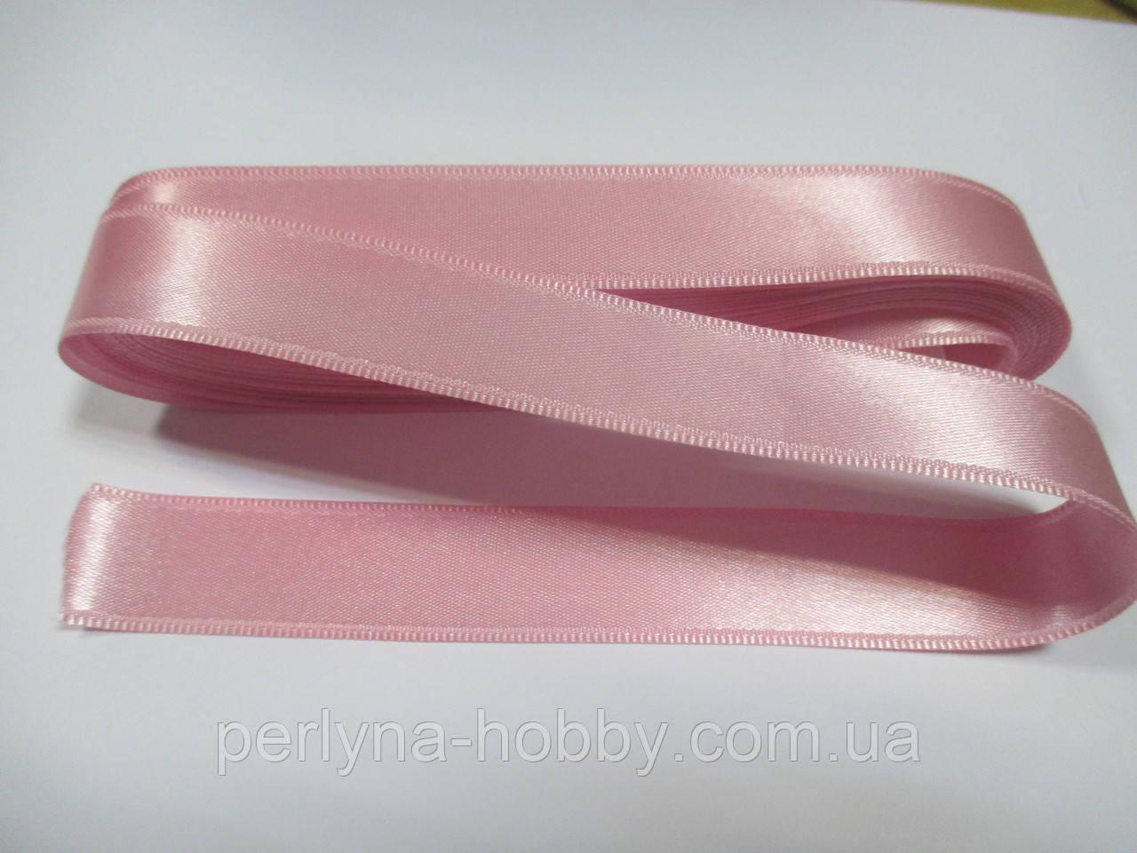 Стрічка атласна  двостороння 2 см ( 10 метрів) рожева світла Н 019 (18)