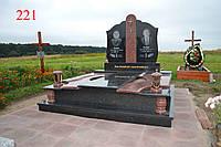 Двойной памятник под будущее захоронение из гранита и габбро