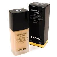 Тональный крем Chanel Perfection Lumiere SPF10 (Шанель Перфекшн Люмьер)