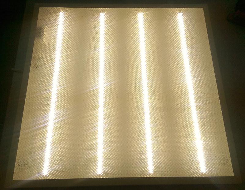 Светодиодная LED панель НАКЛАДНАЯ И ВСТРАИВАЕМАЯ 60х60см PRISMATIC 36Вт 4000К 3000lm