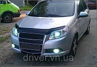 Дефлектор капота (мухобойка) Chevrolet Aveo 2008-2012 /хэтчбек, на крепежах