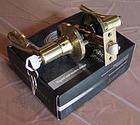 Ручка дверная с защелкой и ключем