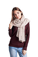 Женская ажурная шаль цвета лен