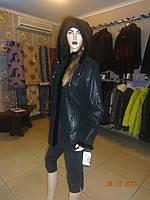Черная куртка клешенная с капюшоном