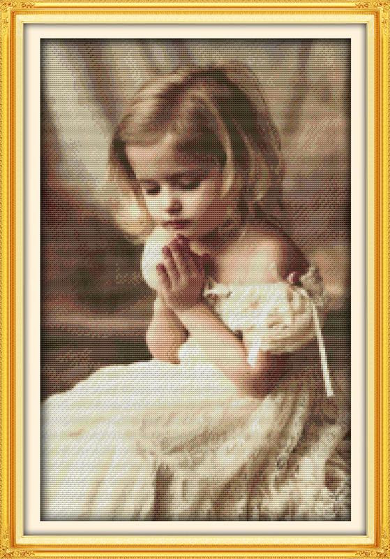 Молящаяся девочка R585 Набор для вышивки крестом с печатью на ткани 14ст