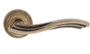 Дверная ручка Chiara  античная  патина
