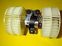 Моторчик печки Mercedes w639 2003 > 8EW009158171 Behr-Hella