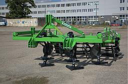 Культиватор 2,6 м. стойка на пружине (лапы стрельчатые + диски + каток) BOMET (Польша)