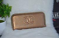 """Шикарный кошелек """"Chanel"""" с цепочками."""