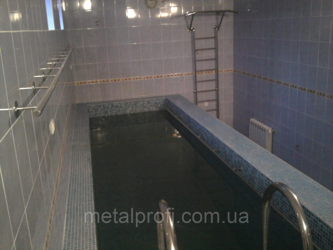 Лестницы и ограждения для бассейнов