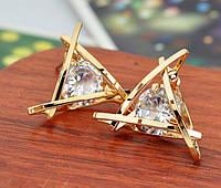 Серьги гвоздики в объемной оправе с прозрачным сверкающим цирконом (алмазный блеск)  золото