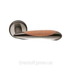 Дверные ручки Colombo Talita LC21 мат.никель/груш.дерево R ф/з