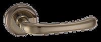 Дверные ручки межкомнатные Solo старая бронза   A2075 AB