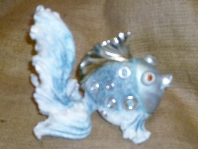 Статуэтки разные фигурки из синтетичской керамики