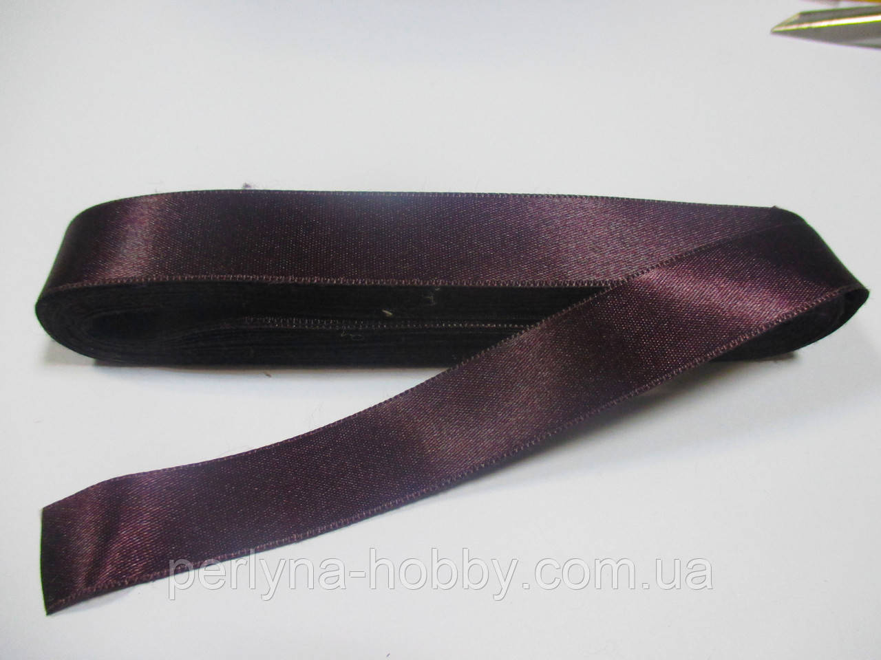 Стрічка атласна  двостороння 2 см Лента атласная двухсторонняя.( 10 метрів), фіолетова темна, сливова