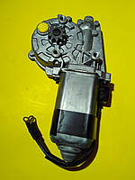 Моторчик стеклоподъемника справа R Mercedes w124 A0048205242 Mercedes