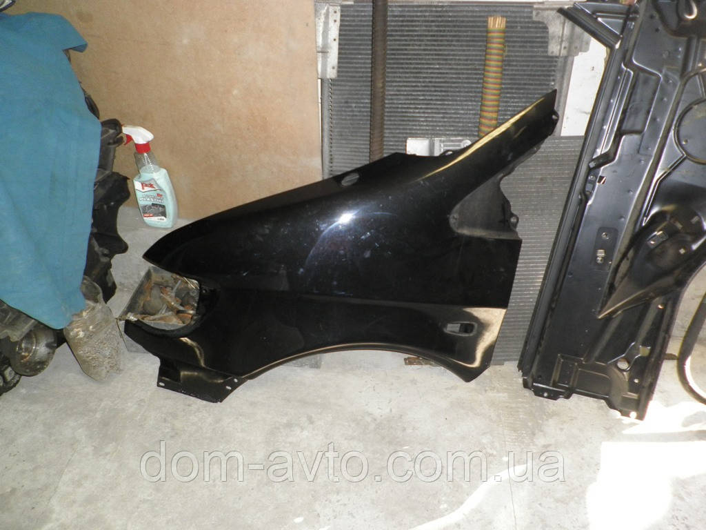 Крыло правое вито Mercedes Vito 638 кузов