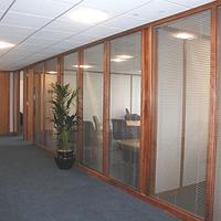 Офисные перегородки 3м*2,7 стекло (Золотой дуб)