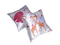 Подушка декор Жирафи/ладошка 35*35см