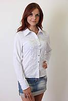 Классическая белая блузка на пуговицах
