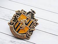 Герб Значок Хаффлпафф из Гарри Поттера (примиум), брошь Пуффендуй в подарочной коробке
