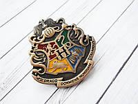 Герб Значок Хогвартс из Гарри Поттера (премиум), брошь школы Хогвартс в подарочной коробке