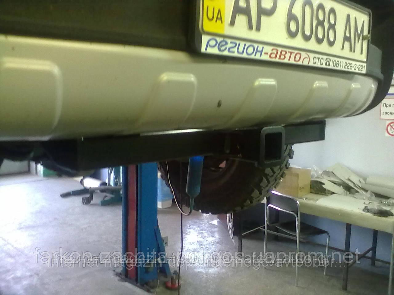 Фаркоп быстросъемный Toyota Hilux (передний для лебедки) с 2008 г.