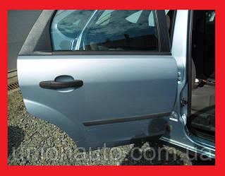 Дверь задняя правая -08 седан хетчбэк Ford Focus II