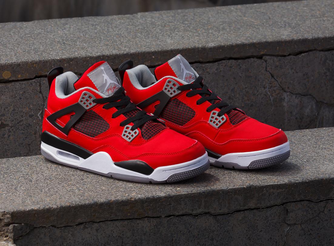 Кроссовки Air Jordan 4 Retro Fire Red Cement Grey