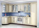 Белая кухня на заказ изготовление, вариант-013 угловая с радиусными фасадами мдф с патиной