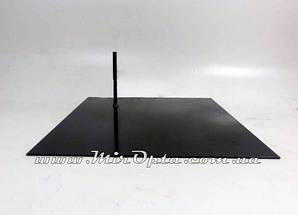 Металлическая подставка для манекенов (40х40 см.)