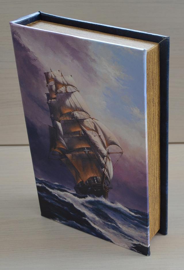 фото книги-сейфа