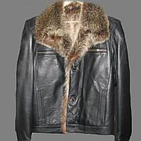 Зимняя куртка из натуральной кожи с мехом енота