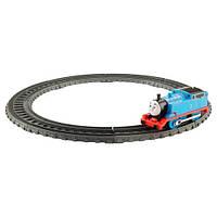 Fisher-Price Thomas & Friends TrackMaster (Моторизированный поезд - В дороге, Томас и друзья)