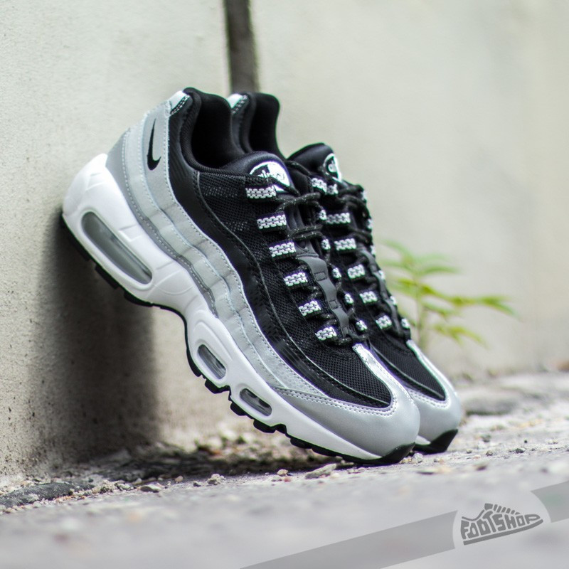 Мужские и женские кроссовки Nike Air Max 95 QS