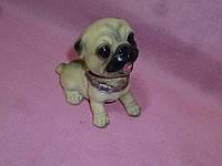 Собака с подвижной головой декоративная статуэтка в машину 9 сантиметров длина туловища
