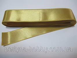 Стрічка атласна  двостороння 3 см ( 10 метрів) бежево-золотиста Н-03-124
