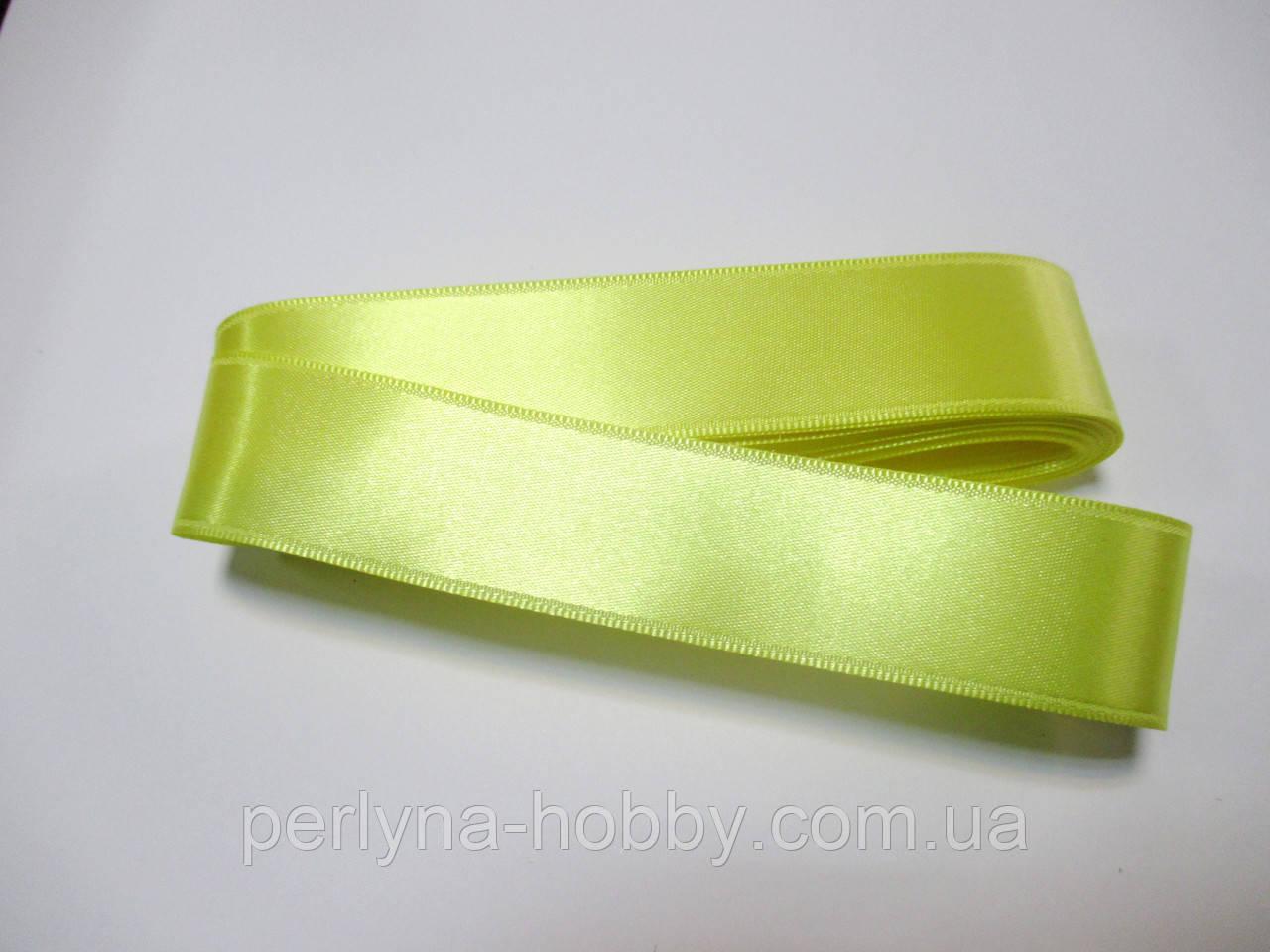 Стрічка атласна  двостороння 3 см ( 10 метрів) жовта лимонна  Н-03-082