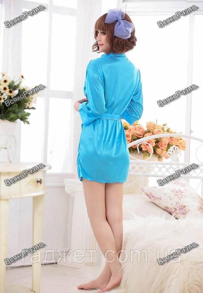 Женский коротенький сексуальный халатик голубого цвета.